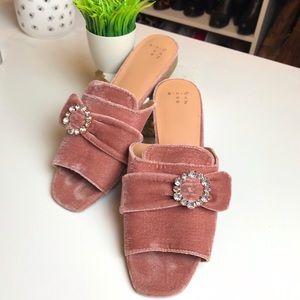 and eway Pink Velvet Peep Toe Jeweled Mules 🌸